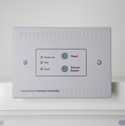 Säkerhetskit med kontrollbox, larm, detektor, släckare